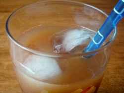 Сок от круши и сливи