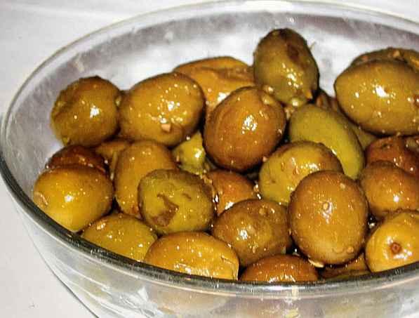 Домашни мариновани маслини